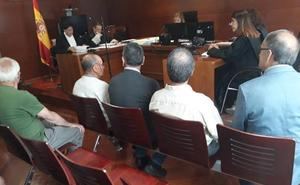 El alcalde de Fariza defiende su inocencia en el juicio por delito electoral en el que le piden seis meses de prisión