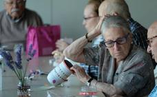 La Junta ampara a 578 mayores bajo su tutela ante el abandono de sus familiares