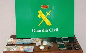 Tres detenidos por tráfico de drogas en Arévalo