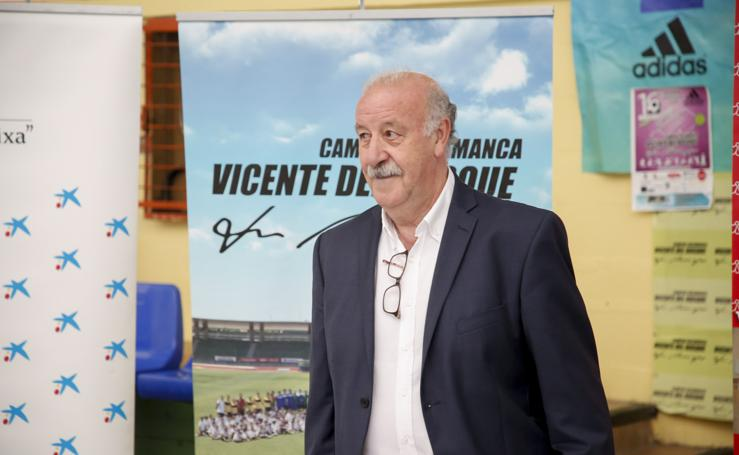 Visita de Vicente del Bosque a su campus en Salamanca
