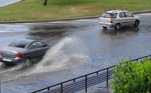 Una tormenta inesperada deja 10,2 litros por metro cuadrado en 40 minutos en Valladolid