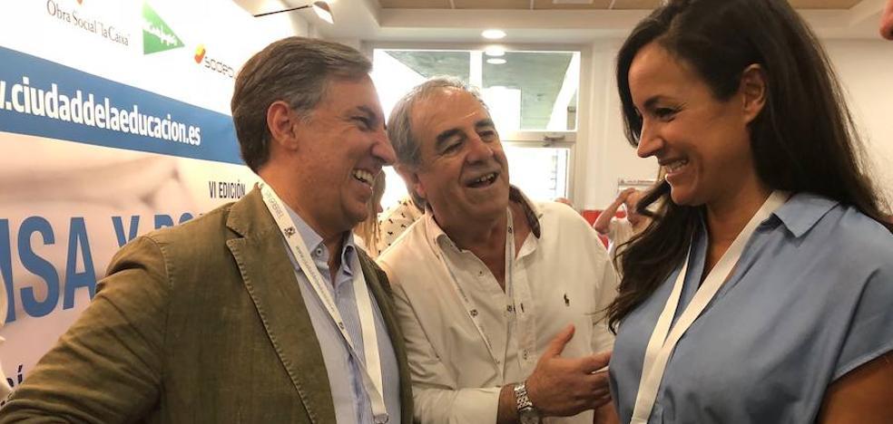 García Hernández no contempla una victoria de Saénz de Santa María en el congreso del PP