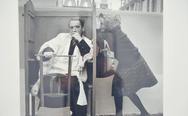 La sala de La Pasión acoge la exposición 'Instantes decisivos de la fotografía'