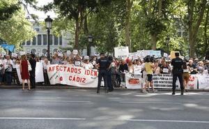 Afectados por iDental reclaman frente al Ministerio de Sanidad una solución