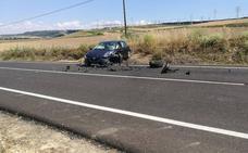 Tres heridos, entre ellos un niño, en una colisión entre dos turismos en Renedo de Esgueva
