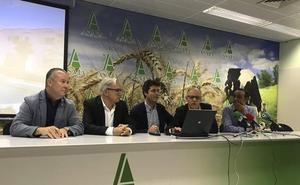 La granja de patos de Villamartín se moderniza para reducir el gasto de agua y energía