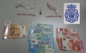 Un detenido por llevar 19 anfetaminas en Ávila
