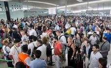 Sobrevivir a un verano trufado de huelgas en aeropuertos y trenes