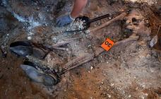 Las exhumaciones en el cementerio de El Carmen rescatan del olvido a los fusilados de la Guerra Civil