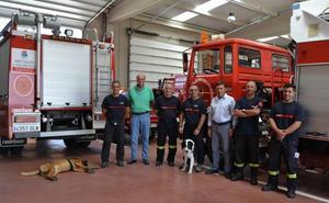 Los bomberos incorporan a Gaus y Elvis para la búsqueda de personas