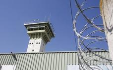 Acaip, UGT y CC OO trasladan al nuevo subdelegado sus demandas para la cárcel de Dueñas