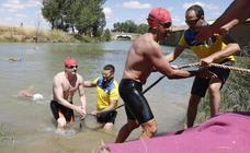 Travesía a nado en Paredes de Nava