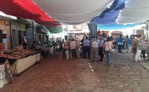 La Feria Agrolimentaria y de Artesanía encandila al público gracias a sus 25 expositores