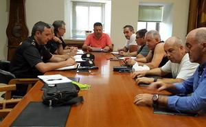 Reunión en Béjar para coordinar la etapa de la Vuelta Ciclista a España que acaba en La Covatilla
