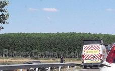 Fallece un hombre de 70 años al colisionar un turismo y un camión en Santa Cristina de la Polvorosa (Zamora)
