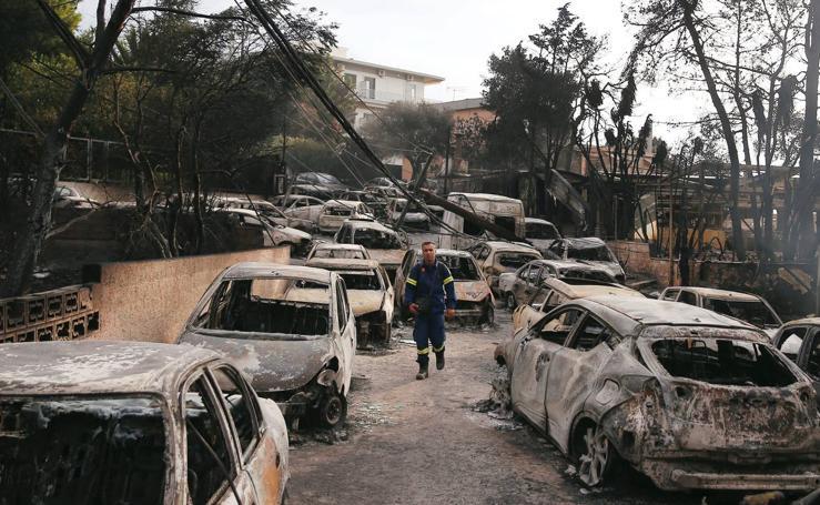Las impresionantes imágenes de los incendios de Grecia
