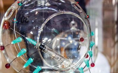 La Real Fábrica de Cristales acoge creaciones de joyería con vidrio