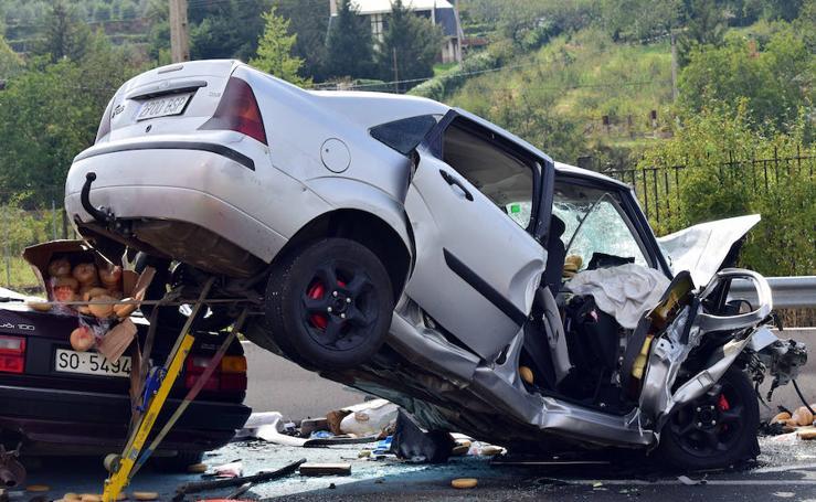 Las imágenes del accidente mortal en la N-111 en Logroño