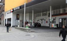 Localizados los padres de una menor que se quedó sola en una gasolinera en Quintanapalla