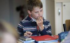 Los estudiantes franceses no podrán usar el móvil en las escuelas
