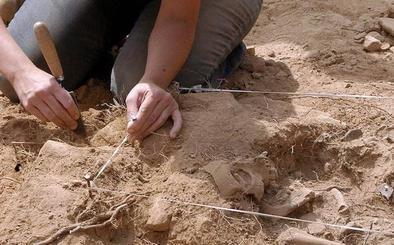 Los restos de 200 asesinados en la guerra permanecen en las cunetas de Segovia