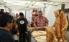 Artesanía y folclore se fusionan en los dos días feriales de Viana de Cega