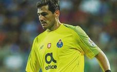 Pedro Duque responde a Iker Casillas sobre su duda de la llegada del hombre a la luna