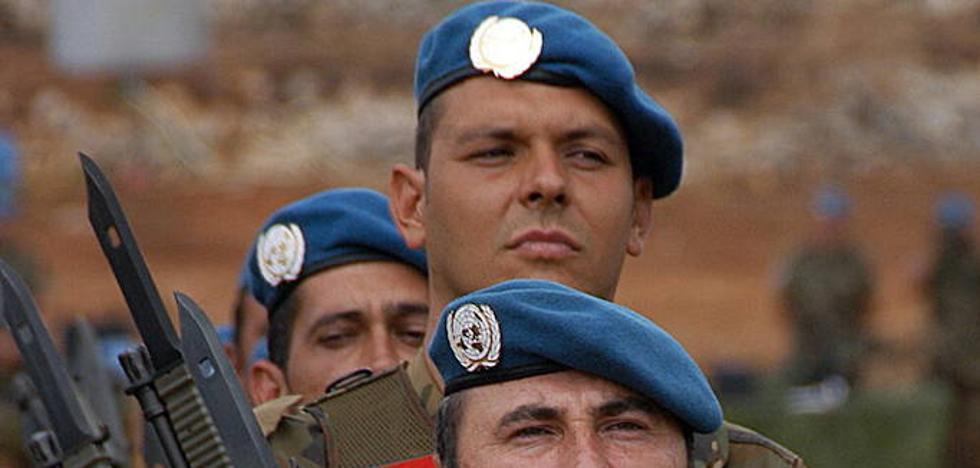 La Fiscalía ve ilegal que se exija igual altura mínima a ambos sexos para entrar en el Ejército