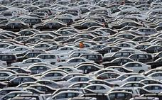 Trump suspende las normas medioambientales impuestas a los automóviles
