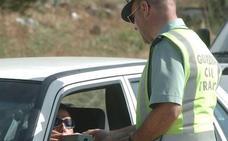 El 70% de las víctimas de accidentes y de los 'cazados' por Tráfico dan positivo en tóxicos