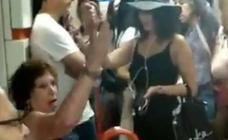 Una mujer impide que se siente una niña extranjera en el metro de Madrid