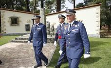 Carlos María Bernardo apuesta por la «educación en valores» del Ejército del Aire en su toma de posesión