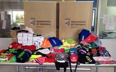 La Policía Local se incautó de 2.200 artículos fraudulentos y denunció a 24 vendedores del mercadillo de La Aldehuela