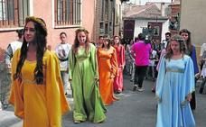 Un arcoíris por la igualdad en Simancas