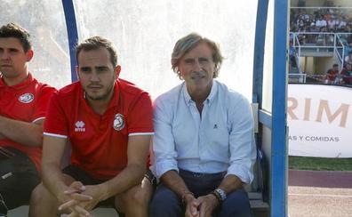 Roberto Aguirre: «Falta un jugador por llegar y hemos decidido en Unionistas que sea en el centro del campo»