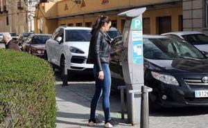 Segovia lleva catorce años con el mismo contrato de la ORA