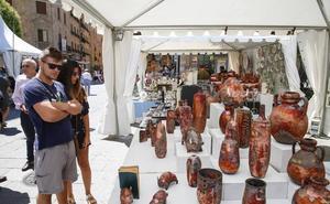 La Feria del Barro reúne un año más lo mejor de la alfarería popular en Los Bandos