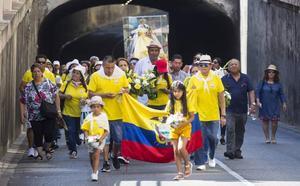 Ciento cincuenta ecuatorianos celebran la anual procesión a la Virgen del Cisne