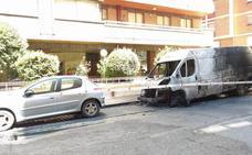 Arden cuatro vehículos en menos de tres horas en Valladolid, Burgos y Palencia