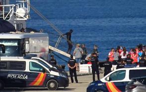 Andalucía exige a Sánchez que obligue a las comunidades a acoger menores inmigrantes