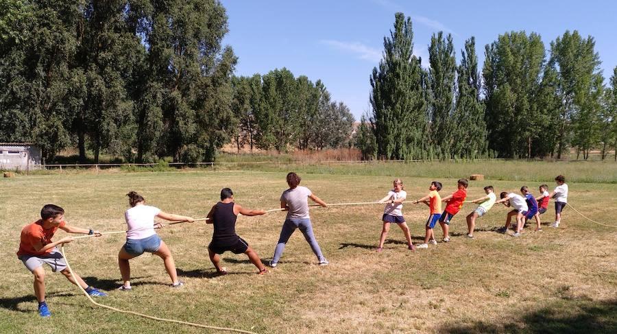 Los deportes tradicionales conquistan Wamba en sus olimpiadas rurales