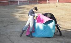 Cantalpino disfruta con el joven novillero Ismael Martín