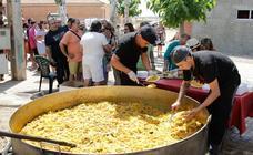 Doñinos de Salamanca cierras sus fiestas con una paellada