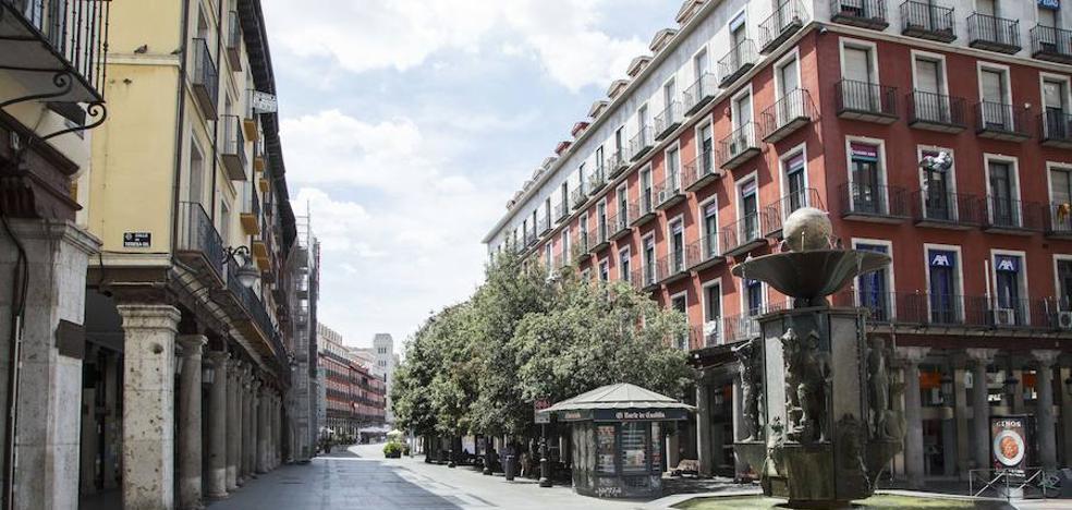 Los hoteles bajan los precios para repuntar en un agosto que llena las casas rurales