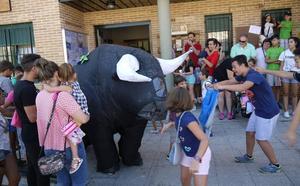 Gran afluencia de público en el inicio del programa de las fiestas de San Roque
