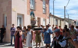 La proclamación de la reina abre las fiestas de Fuente el Olmo de Íscar