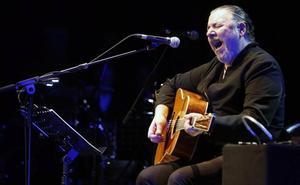 Revólver celebra en La Granja los 25 años del primer 'unplugged' de España