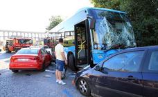 El Ayuntamiento descarta la avería en el autobús accidentado en Vía Roma