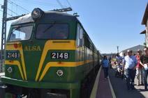 Viaje a Las Edades de Aguilar en una locomotra de 1966