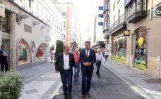 Puente destaca la «austeridad» de los 70.000 euros para las obras de la calle Regalado
